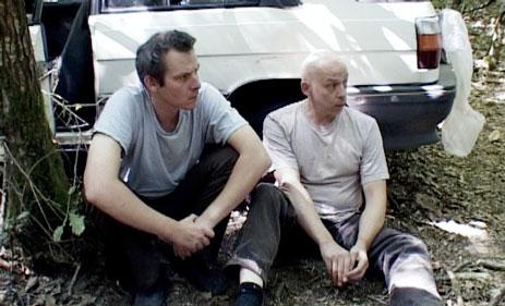 """Alain et Dominique Rivière dans leur film """"Fulgur, le jardin des simples""""."""